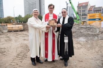 世界初 3大宗教の合同礼拝所着工 ドイツ(ユダヤ教、キリスト教、イスラム教)