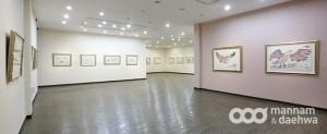 韓国・月明洞で開かれている、鄭明析牧師の個展